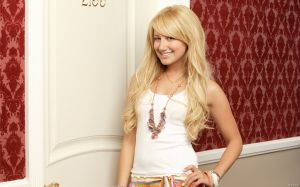 Ashley Tisdale Picture