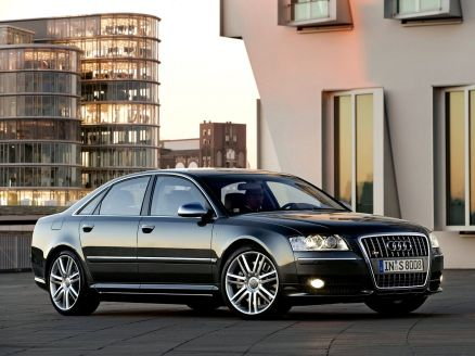 Audi S8 Pictures