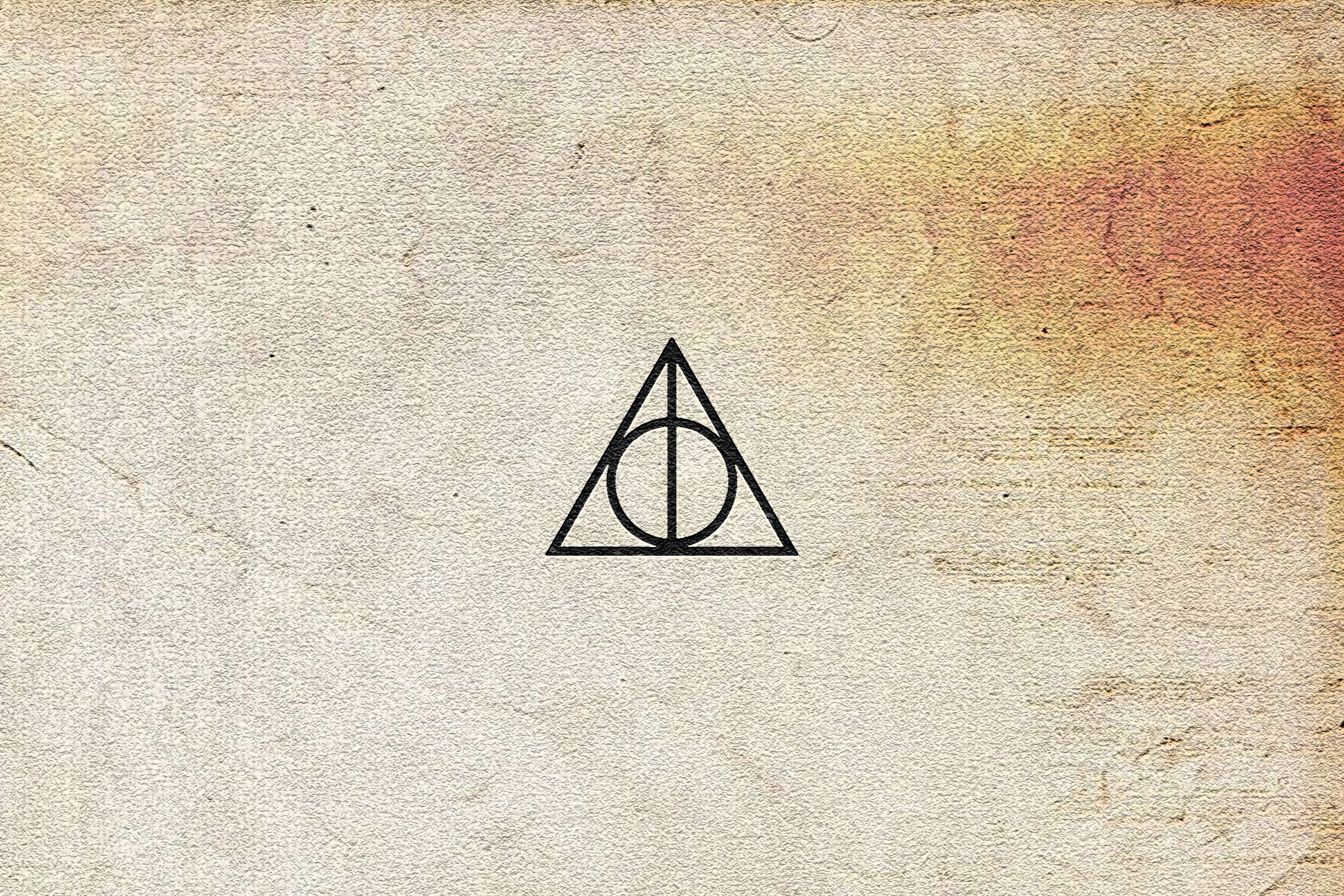 deathly-hallows-wallpaper