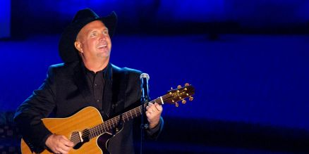 Garth Brooks Images
