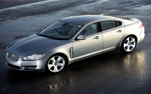 Jaguar XF Pictures