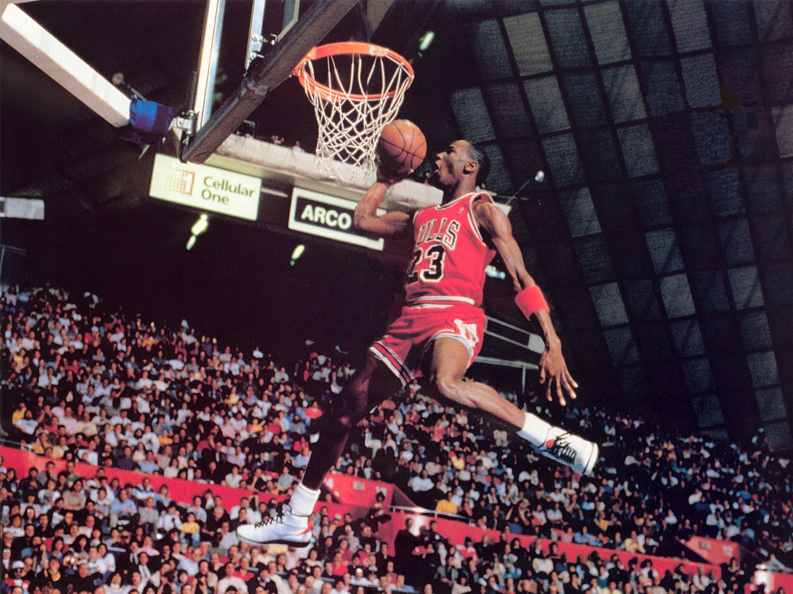 michael-jordan-dunk-wallpaper