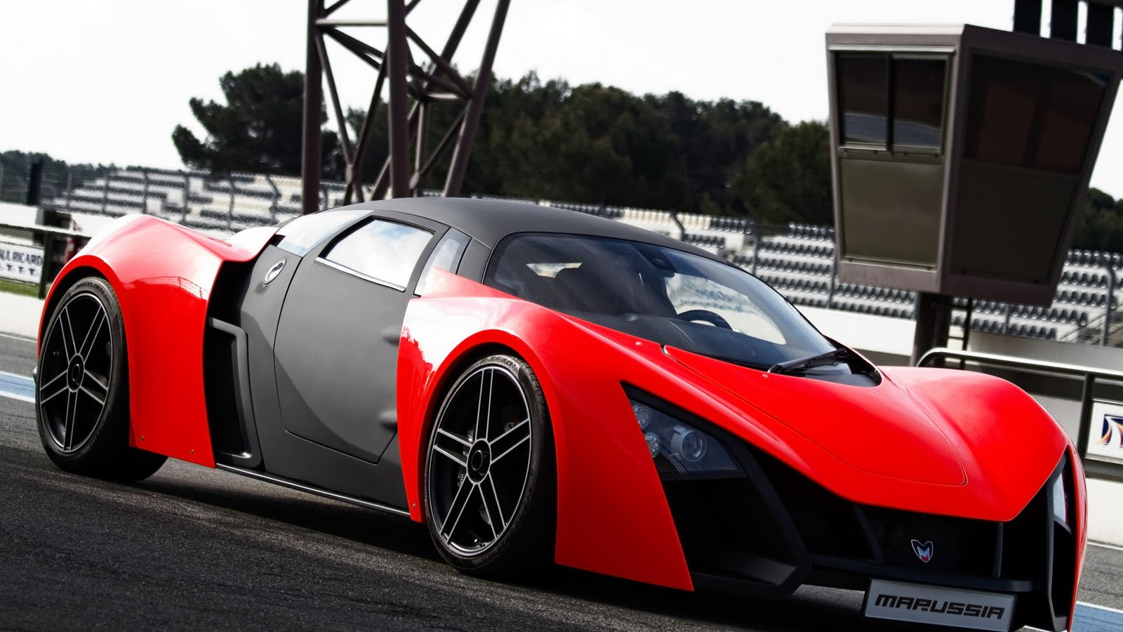 Pic Of Supercar In High Definition