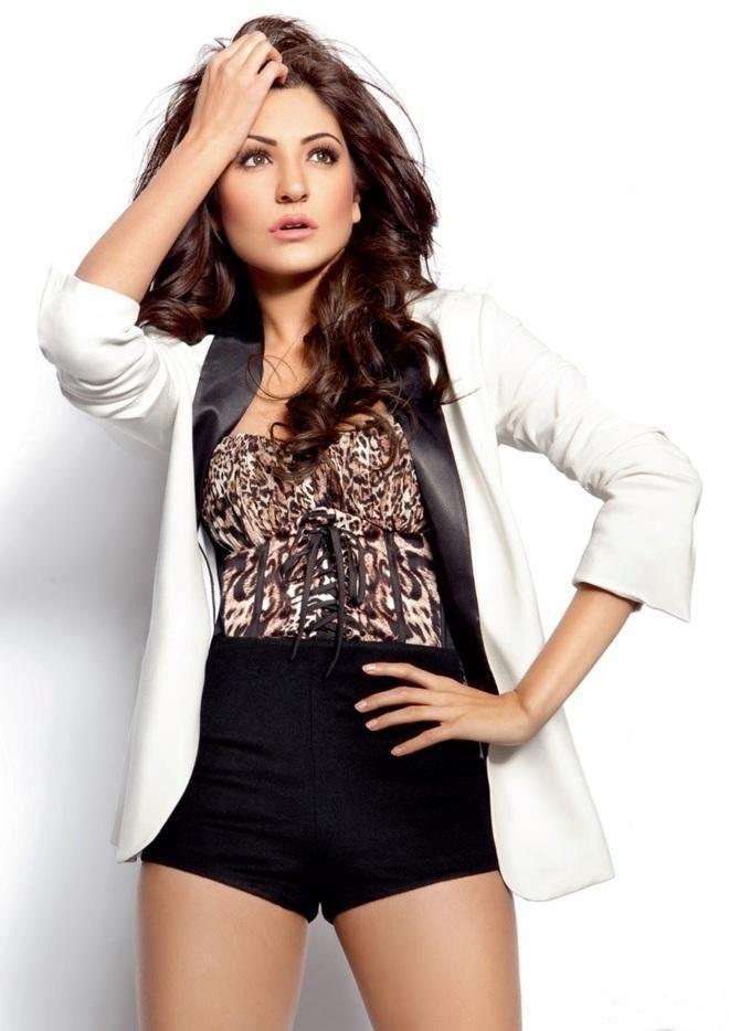 Anushka Sharma | Anushka sharma, Bollywood actress hot