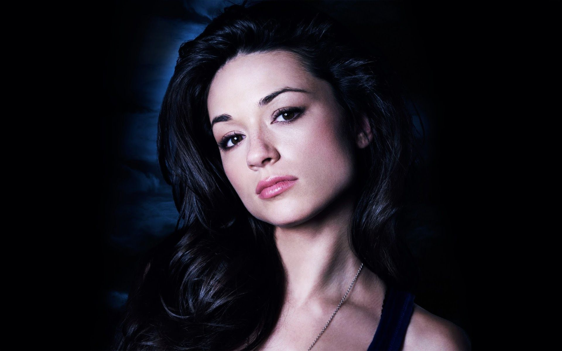 crystal-reed-wallpaper