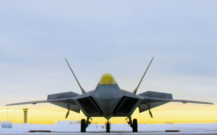 Lockheed Martin F-22 Raptor Wallpaper