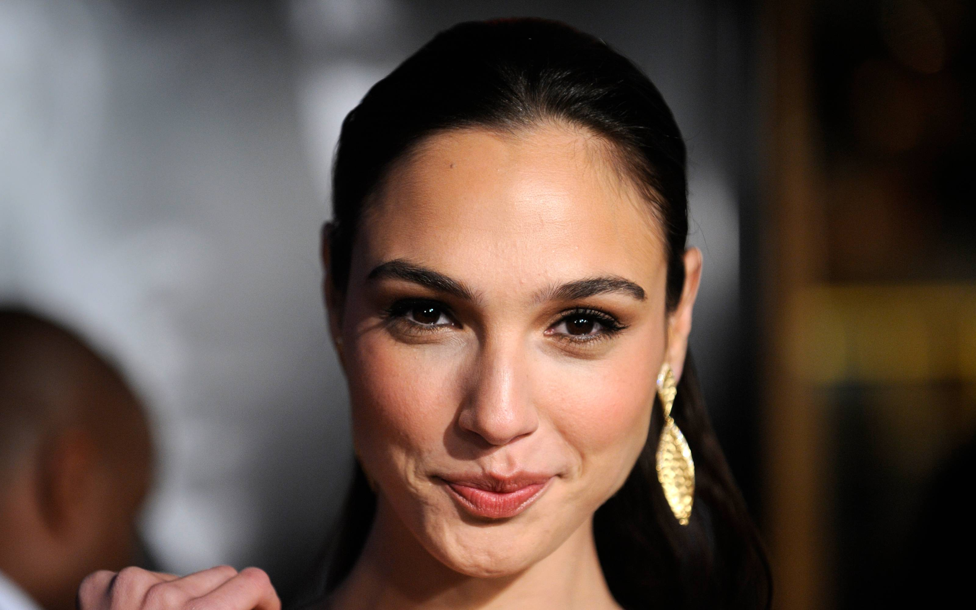 Gal Gadot Wallpaper By Ethne Couves On Goldwallpapers Com
