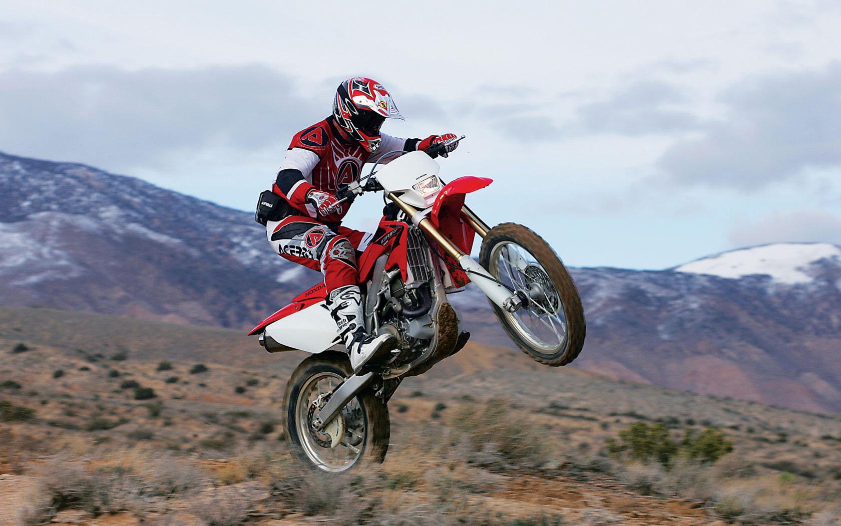 Honda Dirt Bike Photos 1680x1050 0257 MB