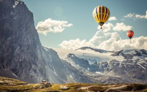 Wallpaper Hot Air Balloon
