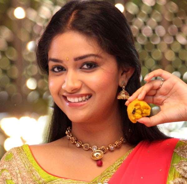 Mobile kamapisachi actress pictures full hd stunning kamapisachi actress wallpaper 600x592 0069 mb thecheapjerseys Image collections