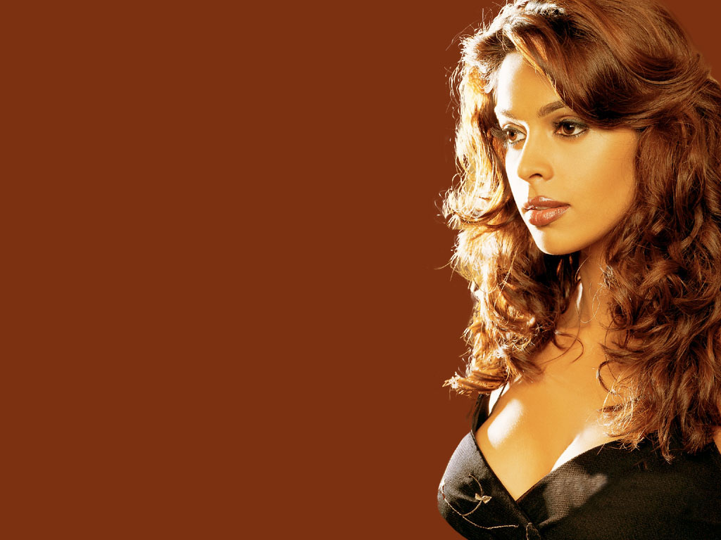 pc mallika sherawat hot wallpapers, bailee bofield