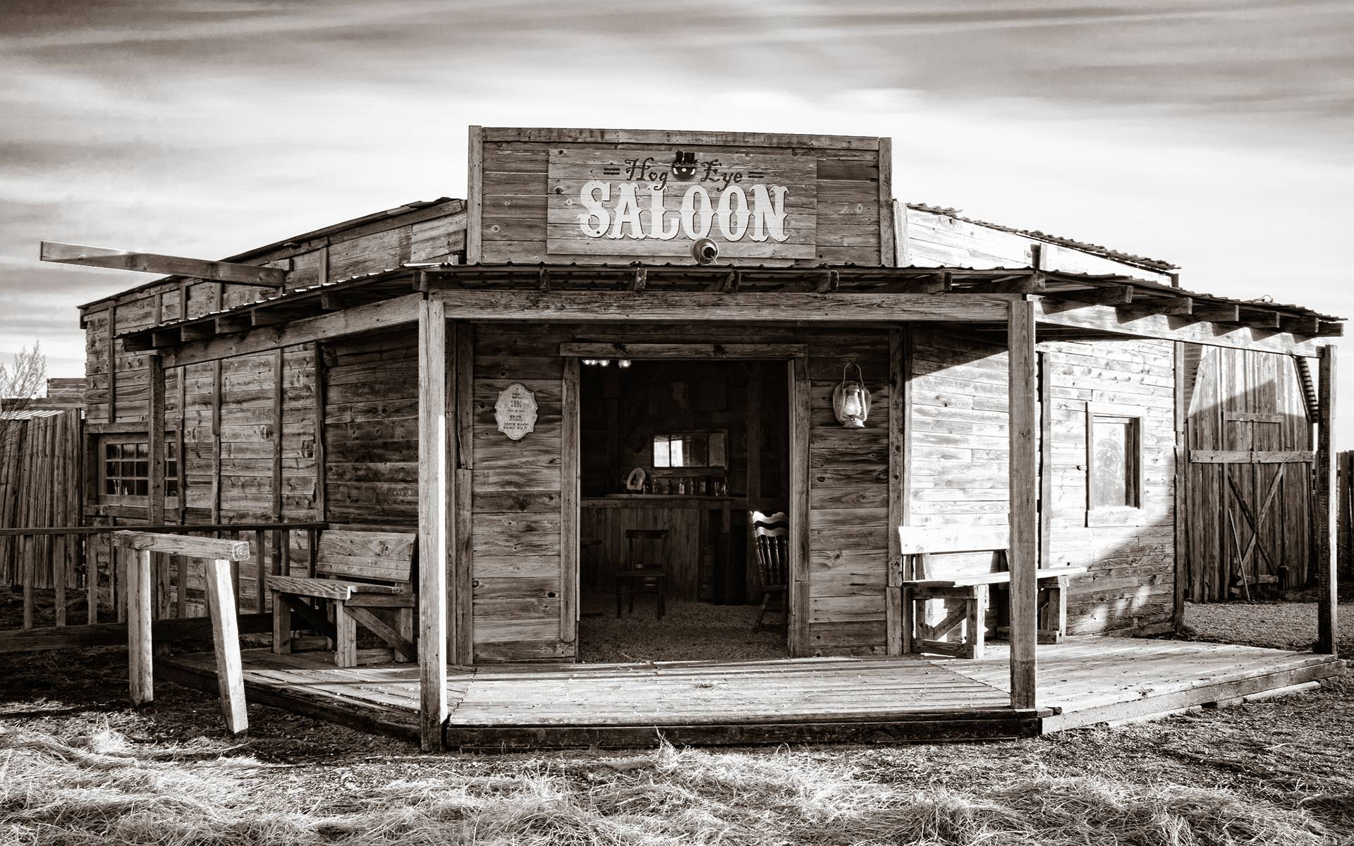 saloon-wallpaper