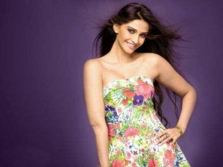 Wallpaper Sonam Kapoor Hot