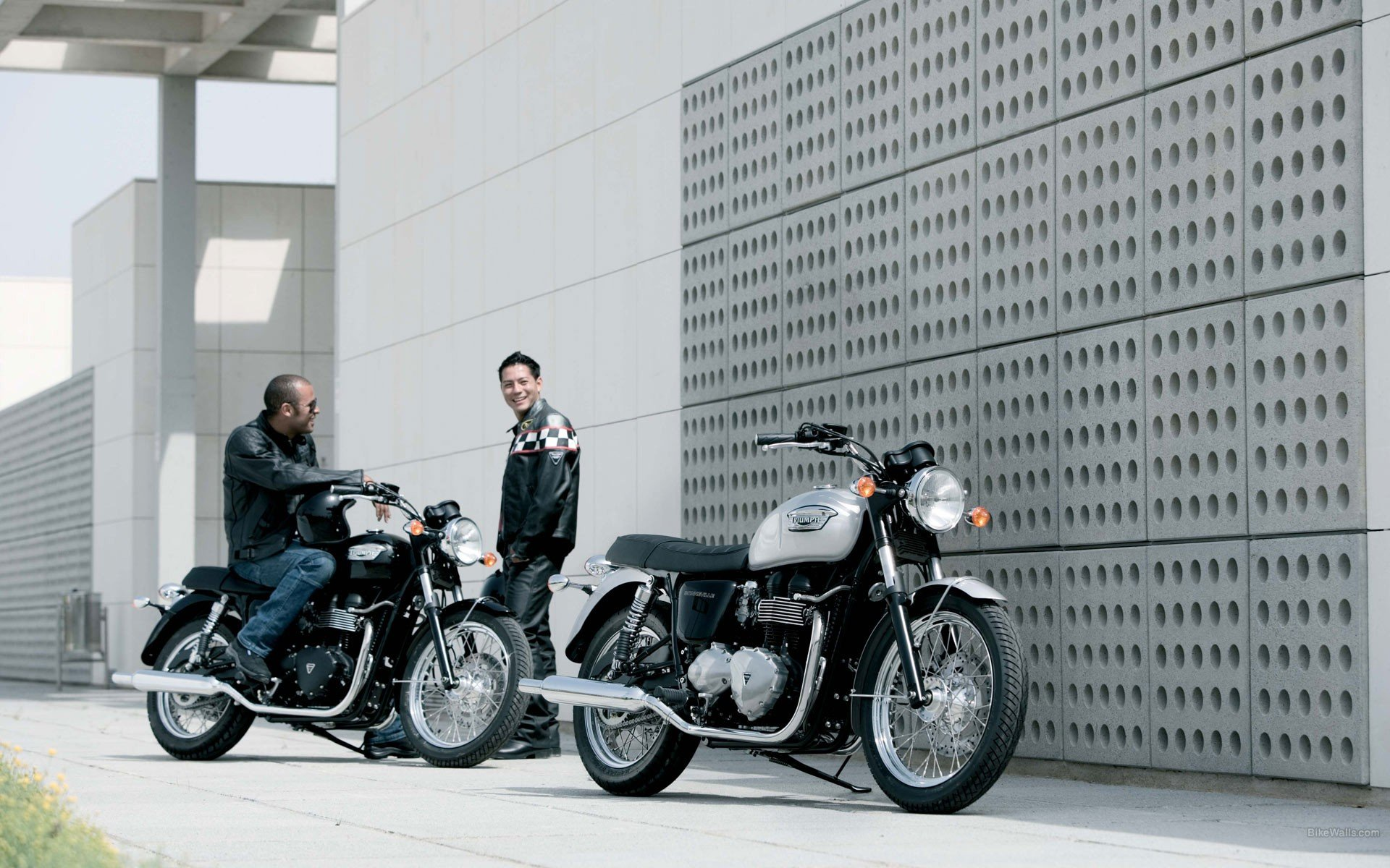 triumph-bonneville-wallpaper